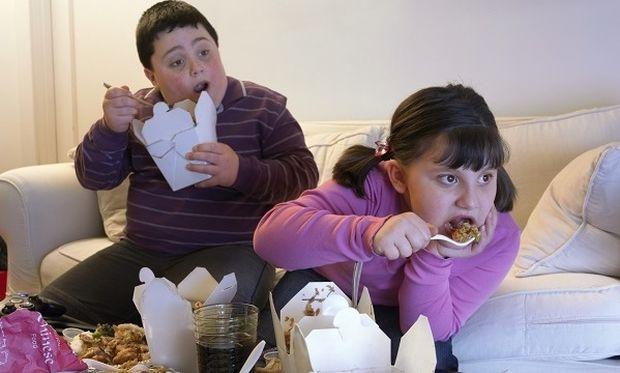 Καμπανάκι ΟΟΣΑ: Ενα στα τρία παιδιά στην Ελλάδα είναι υπέρβαρο ή παχύσαρκο