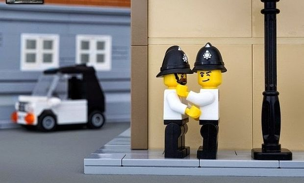 Lego στους δρόμους; Κι όμως είναι πραγματικότητα! (εικόνες)