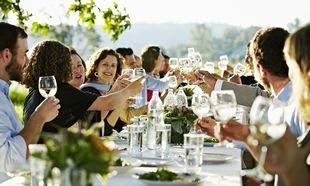 Το μεγαλύτερο Κυριακάτικο τραπέζι την Κυριακή 15 Ιουνίου από το Fairy!