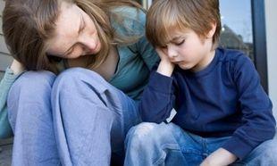 «Το παιδί μου δε θέλει να μιλάει για το διαζύγιό μου». Συμβουλεύει η ψυχολόγος Αλεξάνδρα Καππάτου