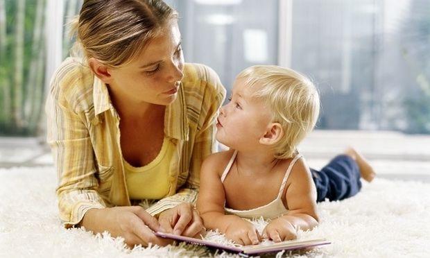 Πότε πρέπει να μιλήσει το παιδί μου και πότε να ανησυχήσω;