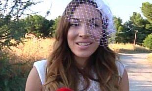 Τσουρή – Βασιλόπουλος: Παντρεύτηκαν με θρησκευτικό γάμο με παρανυφάκι τον γιο τους