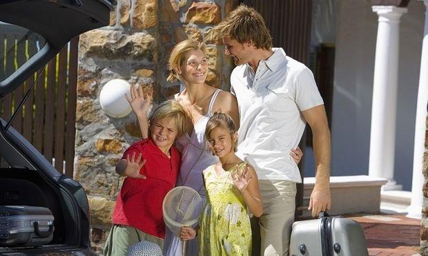 «Απιαστο όνειρο» οι καλοκαιρινές διακοπές για την ελληνική οικογένεια διαπιστώνει έρευνα του ΙΝΚΑ