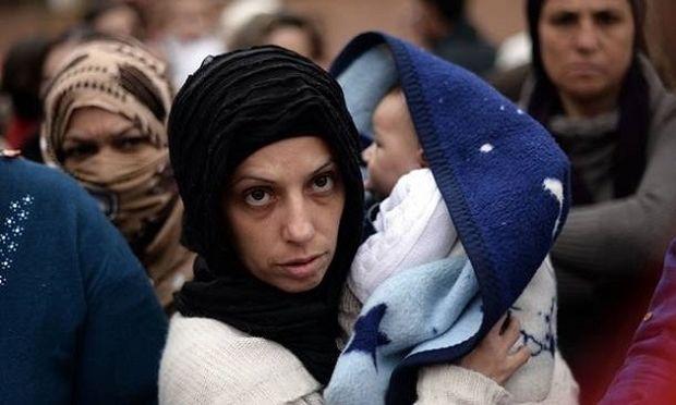 ΟΗΕ: Οι γυναίκες πρόσφυγες αντιμετωπίζουν φτώχεια, ανασφάλεια και παρενοχλήσεις