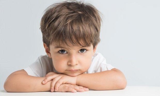 Οταν τραυλίζει το παιδί: Πώς να αντιμετωπίσετε το πρόβλημα