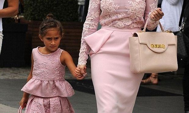 Μαμά και κόρη ντύθηκαν ασορτί για να επισκεφθούν την Πρώτη Κυρία των ΗΠΑ