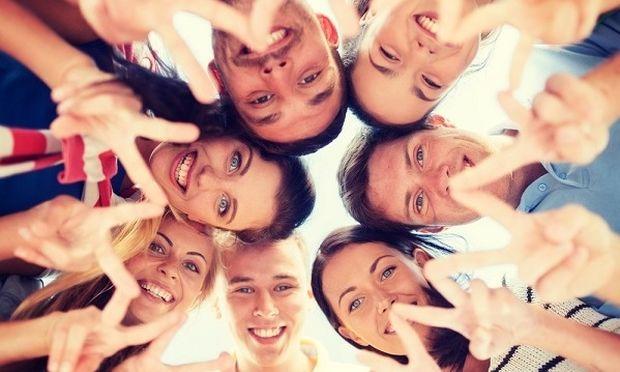 Δείξε μου τον φίλο σου να σου πω το DNA σου! Τελικά οι φιλίες μεταξύ ανθρώπων μόνο τυχαίες δεν είναι!