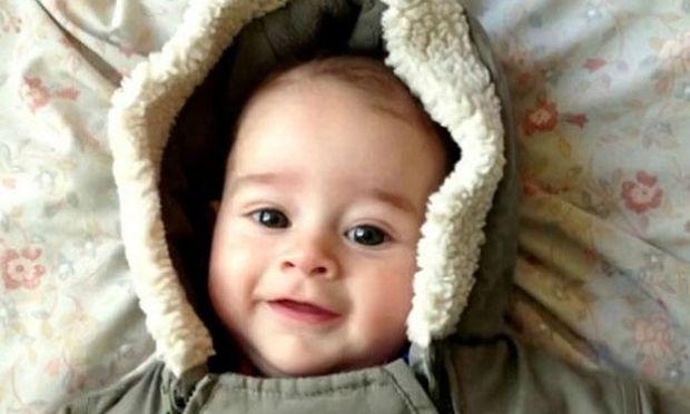 Εκπληκτικό! Η εξέλιξη ενός μωρού από τη γέννησή του μέχρι τα πρώτα του γενέθλια (βίντεο)