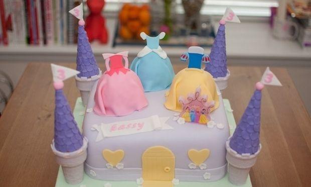 Υπέροχες! Δείτε τις ωραιότερες τούρτες Disney και πάρτε ιδέες για τα γενέθλια των παιδιών σας