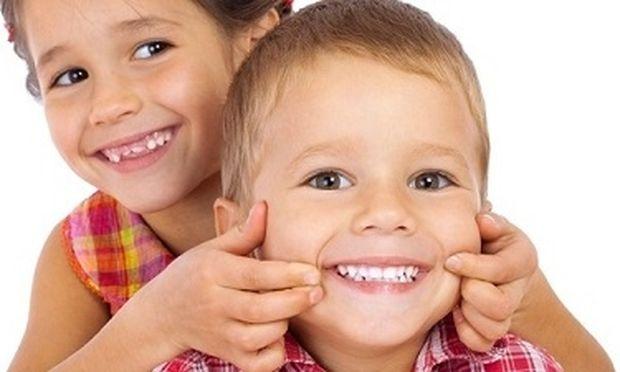 Πότε είναι η ιδανική περίοδος για να βάλει ένα παιδί σιδεράκια;