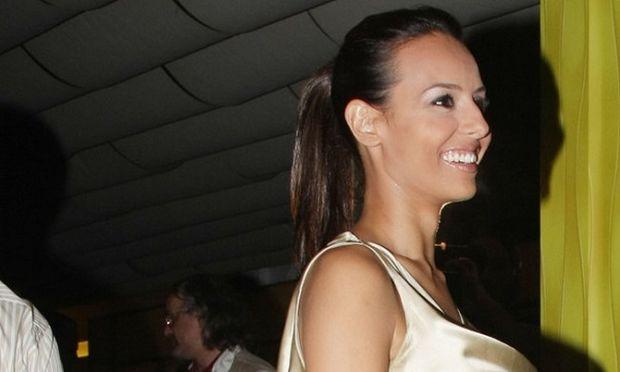 Ολγα Λαφαζάνη: Διακοπές με την κορούλα της στο... τιμόνι (φωτογραφία)