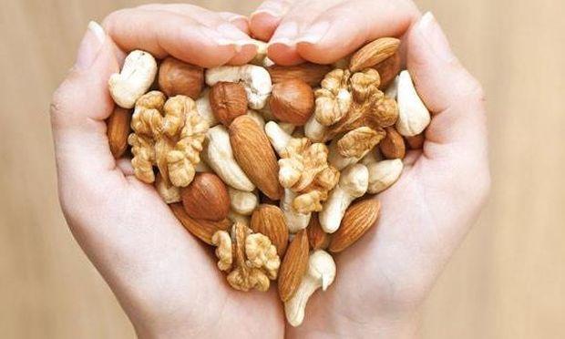 Ξηροί καρποί: Ενας θησαυρός στο ντουλάπι μας! Από την διατροφολόγο Ευσταθία Παπαδά