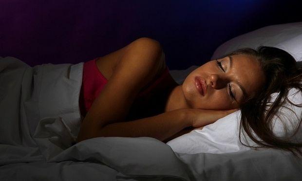 Το φως το βράδυ μειώνει τις πιθανότητες εγκυμοσύνης!