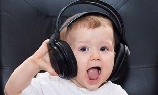 Η... Katy Perry σταματά με το τραγούδι της ένα μωράκι που κλαίει! (βίντεο)