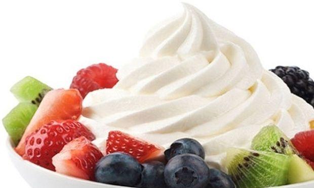Συνταγή για το πιο νόστιμο σπιτικό παγωτό γιαούρτι!