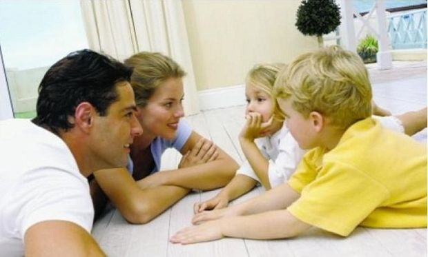 Το παιδί μου είναι εξαρτημένο από μένα. Τι να κάνω; Συμβουλεύει η ψυχολόγος Αλεξάνδρα Καππάτου