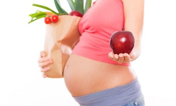 Μπορείτε να σταματήσετε τις μελλοντικές αλλεργίες των παιδιών σας πριν καν μείνετε έγκυες!