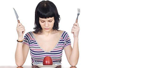 «Τα πρότυπα για λεπτό σώμα μπορούν να οδηγήσουν σε διατροφικές διαταραχές τους εφήβους», γράφει ο Θάνος Ασκητής