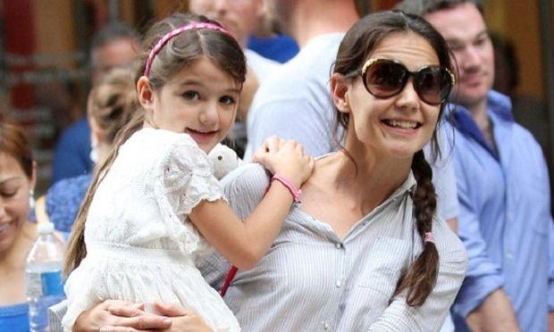Δείτε το εκπληκτικό σπίτι που διάλεξε η Κέιτ Χολμς με την κόρη της Σούρι! (εικόνες)