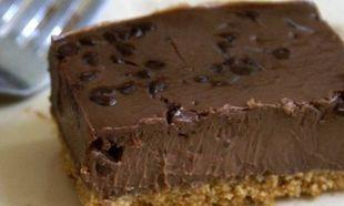 Συνταγή για το πιο νόστιμο σοκολατένιο τσιζκέικ!