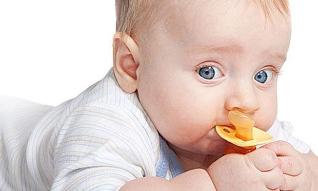 Έτσι θα κόψει το παιδί σας την πιπίλα!