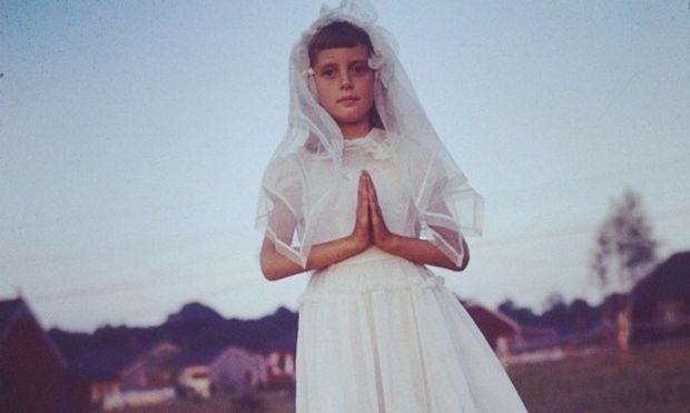 Αναγνωρίζετε το κοριτσάκι της φωτογραφίας; Σήμερα είναι σπουδαία ηθοποιός!