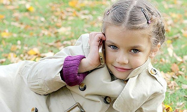 Το παιδί μου θέλει να του αγοράσω κινητό τηλέφωνο. Τι πρέπει να προσέξω;