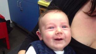 Δείτε πως αντέδρασε ένα μωρό όταν άκουσε τη φωνή της μαμάς του για πρώτη φορά!