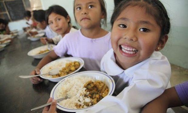 Πρωτότυπα σχολικά γεύματα. Δείτε τι τρώνε τα παιδάκια σε όλον τον κόσμο! (βίντεο)