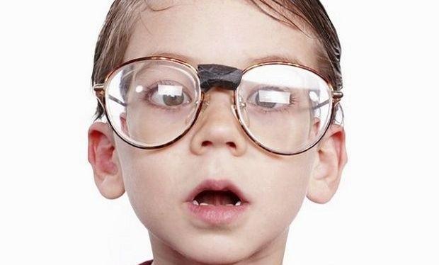 Παιδική μυωπία: Όλα όσα πρέπει να γνωρίζουμε