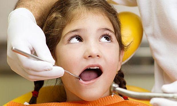 Η πρώτη φορά του παιδιού μου στον οδοντίατρο! Πώς να το προετοιμάσω;