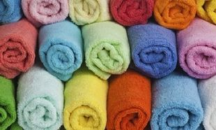 Πόσο συχνά πρέπει να πλένουμε τις πετσέτες μπάνιου και κουζίνας;