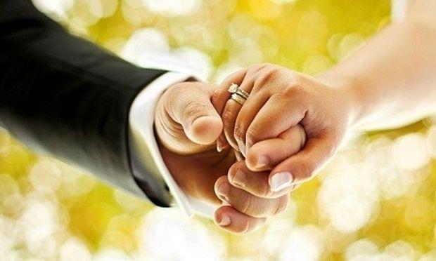 Τέσσερα σημάδια που δείχνουν ότι ο καλός σου είναι έτοιμος για γάμο!