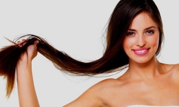 Έτσι θα ισιώσεις τα μαλλιά σου στο σπίτι εύκολα και γρήγορα!