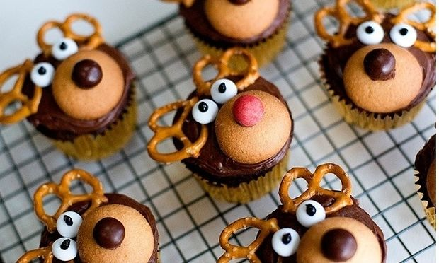 Cup Cake Ρούντολφ & Τάρανδοι Dasher, Prancer, Vixen, Comet, Cupid, Donder and Blitzen!