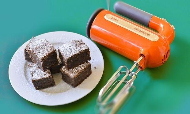 Σοκολατένιο Brownie με καρύδια από τον Γιώργο Γεράρδο!