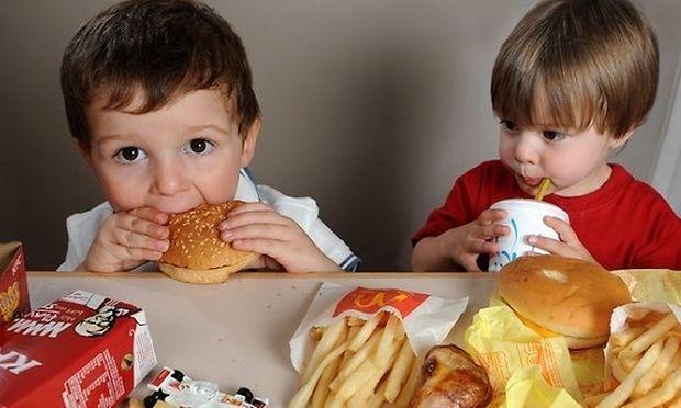 «Τα παιδιά μου ζητούν συνέχεια fast food...Τι να κάνω;», Από τη διατροφολόγο Ευσταθία Παπαδά