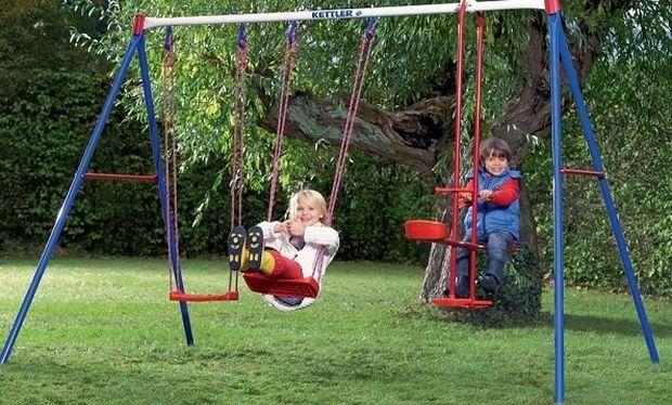 Βόλτα στην παιδική χαρά. Τι πρέπει να προσέχουμε;