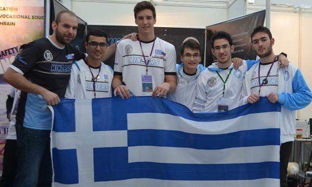Οι Έλληνες μαθητές κατέκτησαν την Έβδομη θέση  στην 11η Ολυμπιάδα Εκπαιδευτικής Ρομποτικής.