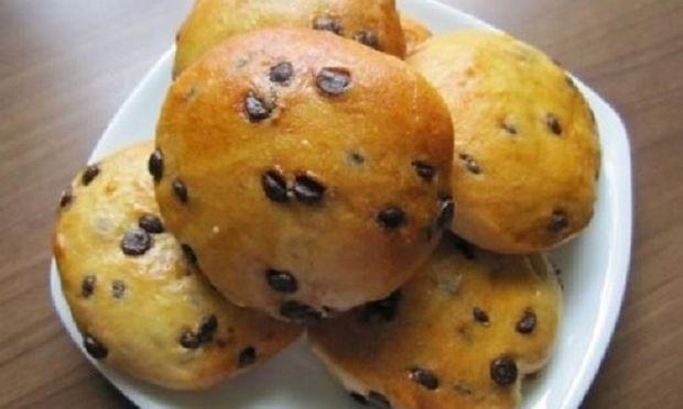Συνταγή για τα πιο εύκολα ψωμάκια σοκολάτας!