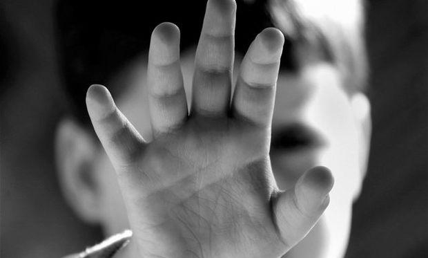 Αυτή είναι η πιο έξυπνη καμπάνια για την παιδική κακοποίηση (εικόνες)