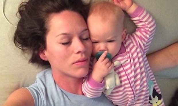 Αυτοί είναι οι λόγοι που μια μαμά δεν κοιμάται, όταν «κοιμάται» με το παιδί της! (βίντεο)