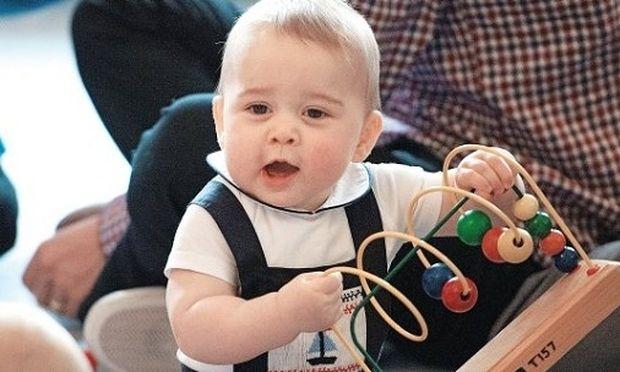 Δε θα πιστεύετε ποιο είναι το αγαπημένο παιχνίδι του πρίγκιπα Τζορτζ!