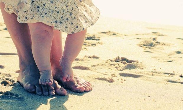 «Προς τη μελλοντική κόρη μου», το συγκλονιστικό γράμμα μιας γυναίκας προς το ανύπαρκτο παιδί της!