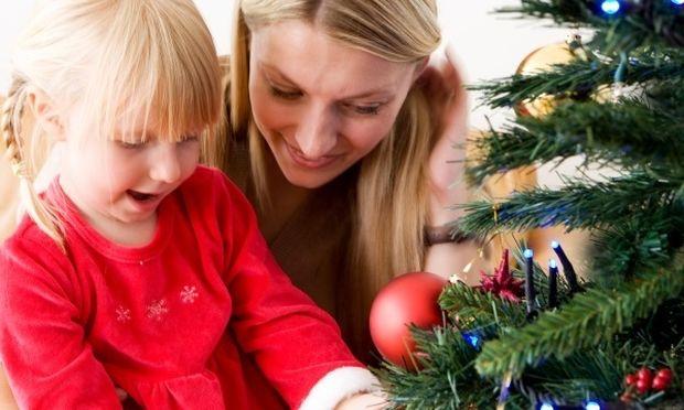 Οκτώ πράγματα που πρέπει να προσέξετε στις γιορτές, αν έχετε μικρά παιδιά!