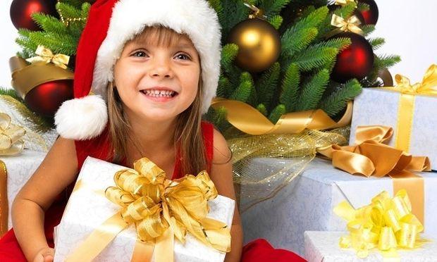 Ημέρες χαράς, γενναιοδωρίας και αγάπης: Μάθετε το παιδί σας να μοιράζεται!