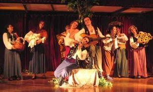 Χριστουγεννιάσματα και Καλαντίσματα: τελευταία παράσταση στις Μορφές Έκφρασης