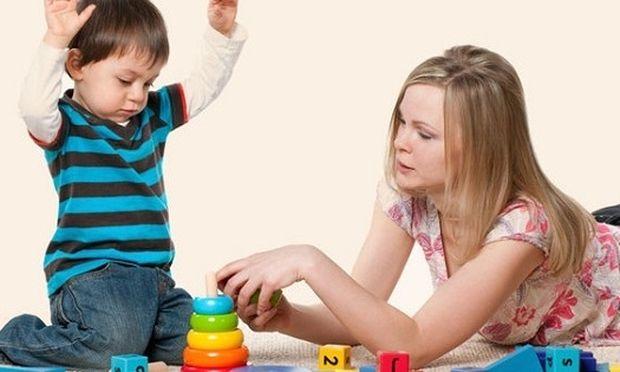 Αυτά είναι τα κριτήρια για να επιλέξετε την σωστή μπέιμπι σίτερ για το παιδί σας
