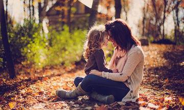 «Ποτέ δεν σε ήθελα εδώ, αλλά σε ευχαριστώ...» - Το γράμμα μιας μαμάς προς τη μητριά της κόρης της
