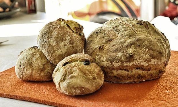 Λαχταριστό ψωμάκι με σοκολάτα και τυρί κρέμα από τον Γιώργο Γεράρδο!